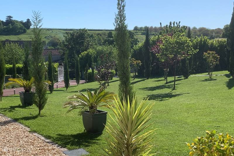 Vacation rental France, Charente, Segonzac Holiday house Grape paradise