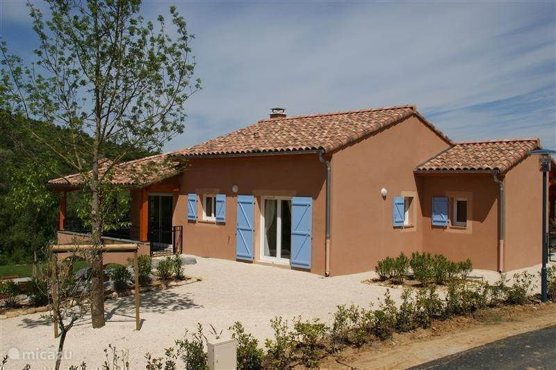 Vacation rental France, Ardèche, Vallon-Pont-d'Arc villa Le Tournesol 54