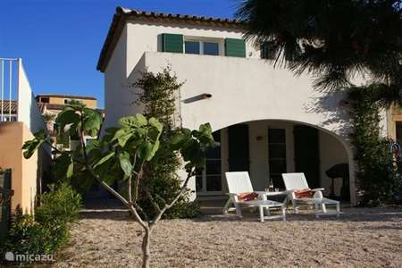Vacation rental France, French Riviera, Cogolin terraced house Lou Cepoun