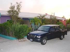 Luxus-Wohnung auf Bonaire. Zu Fuß zum Meer. Sehr ruhig, geräumig + komfortabel eingerichtet, Klimaanlage, Kabel-TV, voll ausgestattete Küche, private Terrasse + Sonnenterrasse, Grill, tropischen Garten. Pakete auf Anfrage zum Tauchen / Auto / Windsurfen.