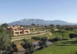 overzicht golf en restaurant