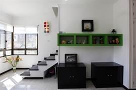 Een mooi ingericht appartement met aandacht voor details en comfort.
