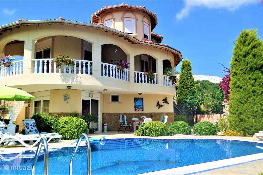 Vacation rental Turkey – villa Luxury Villa Evora with private pool