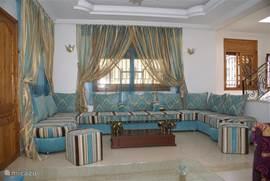 Marokkaans ingerichte woonkamer 1e verdieping voorzijde
