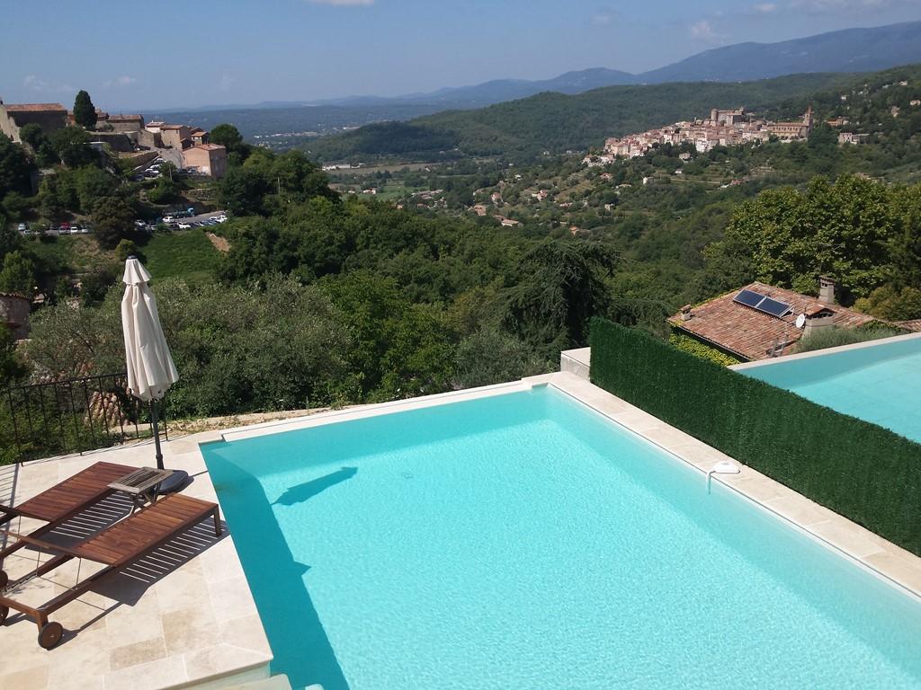 Fantastische app.80 m2. ( 9.5 op 10 beoordeling) met verwarmd zwembad (25 graden!), nabij  Cannes novemberr,€ 80 pn.  Profiteer v d nazomerzon