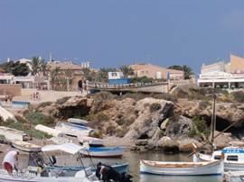 Aankomst op het eiland Tabarca.