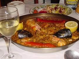 Heerlijke Paella met vis en kip!