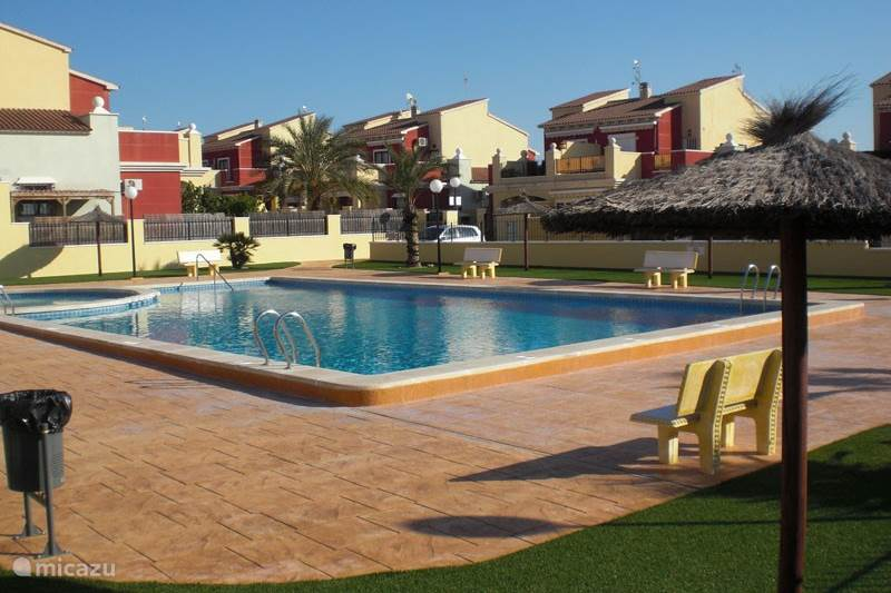 Rent apartment casa nati in torrevieja costa blanca for Iceland torrevieja