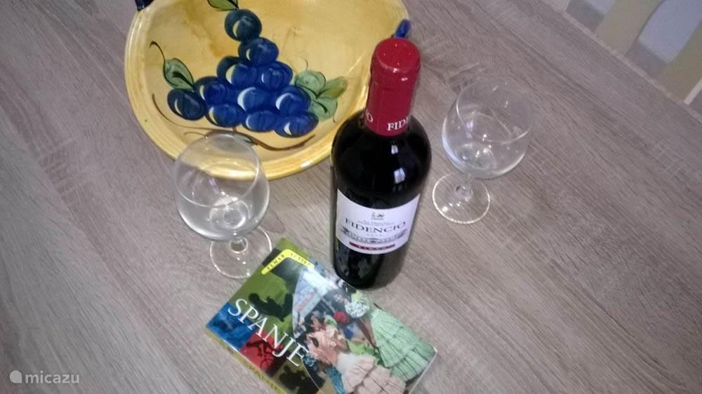 Geniet van een lekker Spaans wijntje