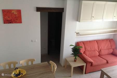 Appartement aldea del mar in torrevieja costa blanca spanje huren - Salontafel naar de slaapkamer ...