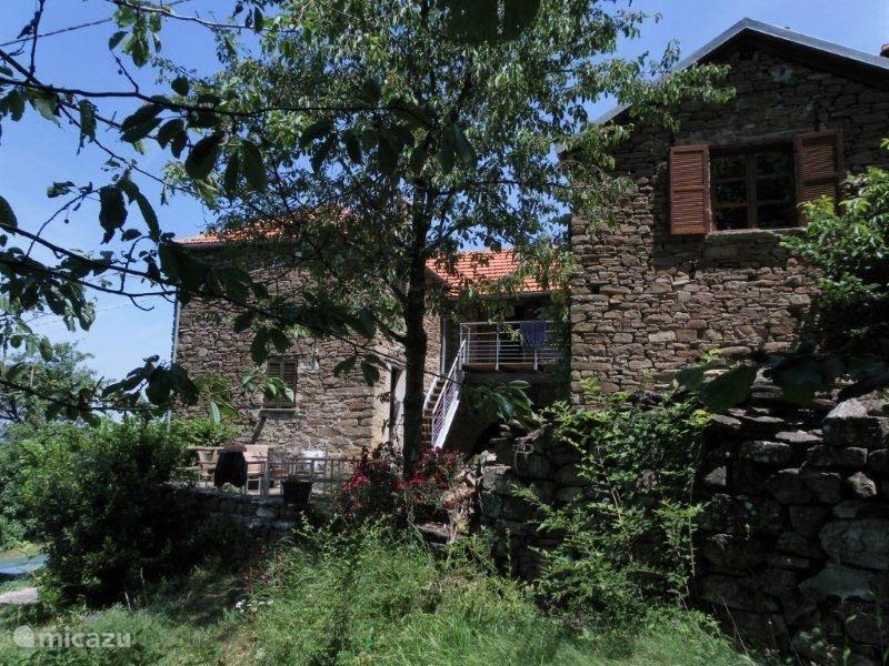 Vakantiehuis Italië, Piëmont – boerderij cascina moraglia