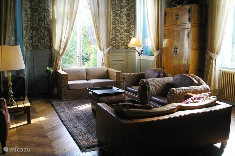 Vakantiehuis Frankrijk, Dordogne, Hautefort Landhuis / Kasteel Le Pavillon de St. Agnan, Zoover 9,1
