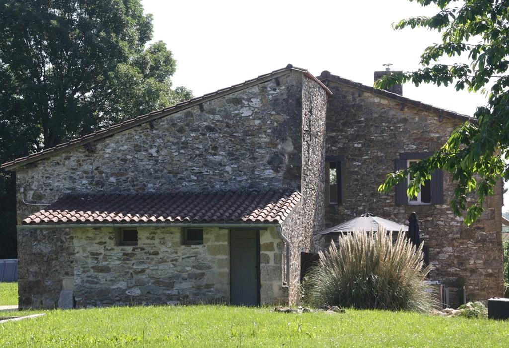 Nu 25% lastminute korting op een week in onze sfeervolle gite in de Dordogne in augustus.