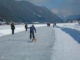 Nice skating on the Weissensee ...