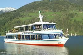 Rondvaartboot Zeller See