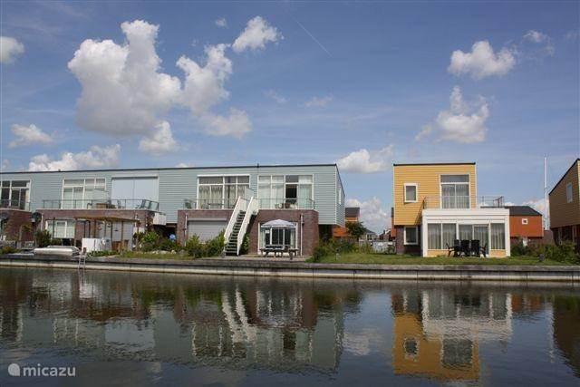 Vakantiehuis Nederland, Zuid-Holland, Oude Tonge Geschakelde woning Zuidvlije
