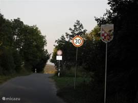 De voormalige grens tussen Oost- en West-Duitsland. Meer dan 600km dwars door Duitsland. Klettenberg ligt in het voormalige Oost-Duitsland/DDR.