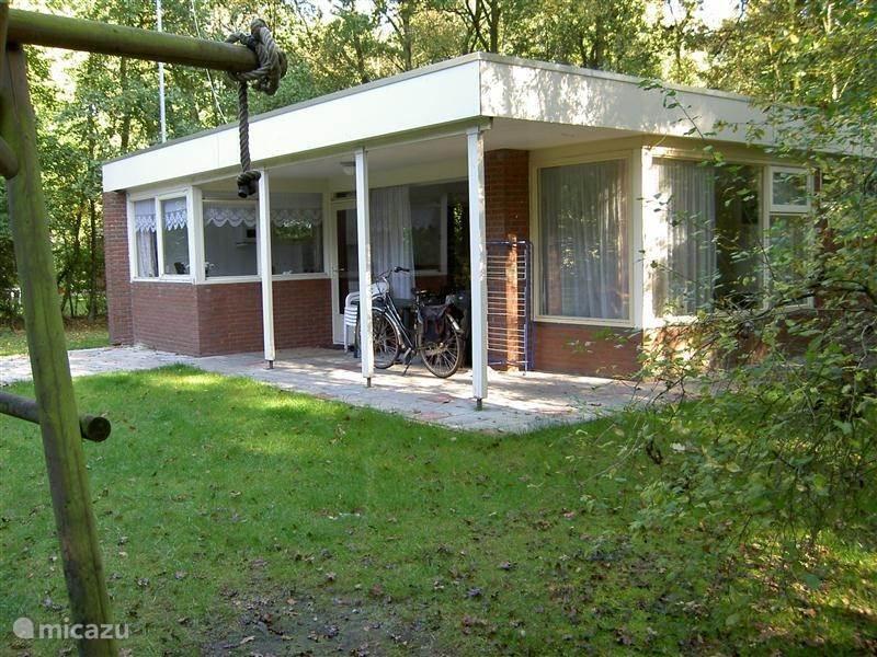 Vakantiehuis Nederland, Drenthe, Schoonoord bungalow Kruimeltje, onze 4-pers bungalow