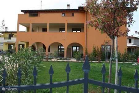 Vakantiehuis Italië, Gardameer, Raffa appartement Villa Serraglie II