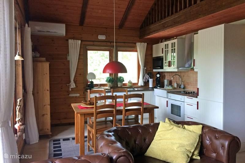 Vakantiehuis Zweden, Skåne, Västra Torup - Svenstorp Blokhut / Lodge 'Tawibo stuga' met sauna