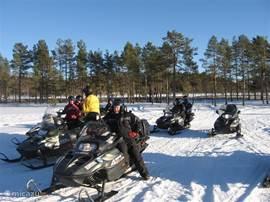 In de winter zijn er voldoende mogelijkheden zoals skiën, Husky safari en snowscooter safari.