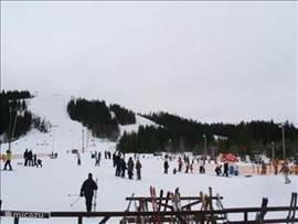 Piste Säfsen  Dit is een mooi ski-gebied en zijn er voldoende piste en liften en is er een eetcafé restaurant. Maar je kun ook skiën in Filistad of Lesjöfors .