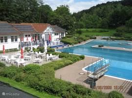 Zwembad Kirchheim op 3 km