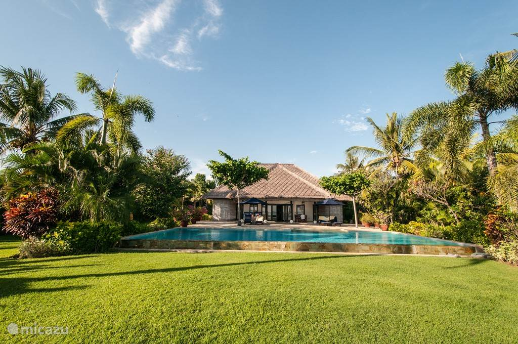 Vacation rental Indonesia, Bali, Lovina villa Villa Senang
