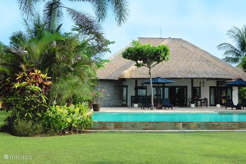 Vakantiehuis Indonesië, Bali, Lovina Villa Villa Senang