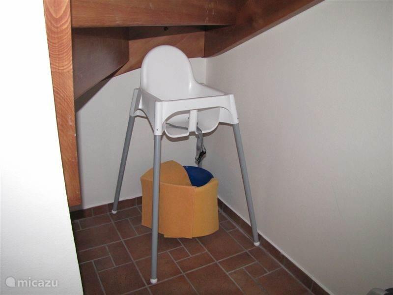 Kinderstoel gratis beschikbaar