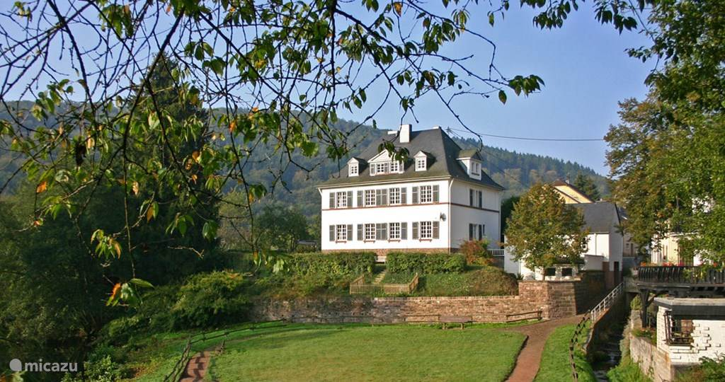 Vacation rental Germany, Eifel, Malberg villa The Old Rectory*****