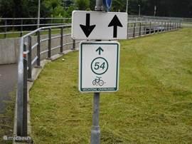 heerlijk fietsen met het knooppunt systeem, er is een kaart aanwezig in het chalet