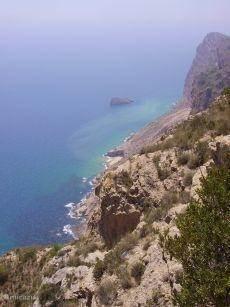 Uitzicht van op de top van de Sierra Helada naar Benidorm