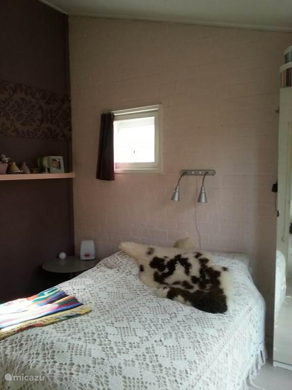 heerlijke slaapkamer soms wat druk 's nachts met vogels en uilen.
