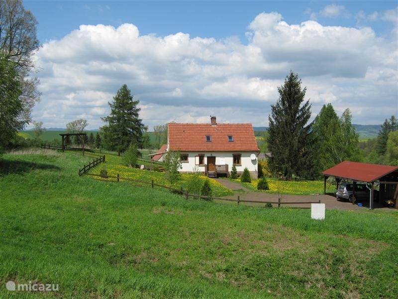 Vacation rental Czech Republic, Giant Mountains, Bozanov holiday house huize Bara