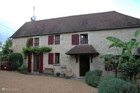 Vacation rental France, Dordogne, Tourtoirac farmhouse Le Sagitaire, Domaine le Dragon Rou