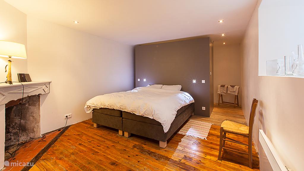 Slaapkamer 3 heeft eigen zitkamer.