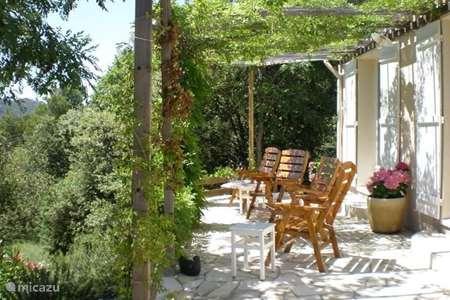 Vakantiehuis Frankrijk, Vaucluse, La Roque-Alric bungalow Le Cygne