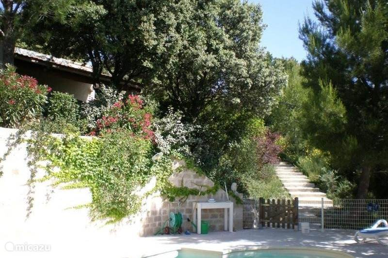 Vacation rental France, Vaucluse, La Roque-Alric Bungalow Le Cygne