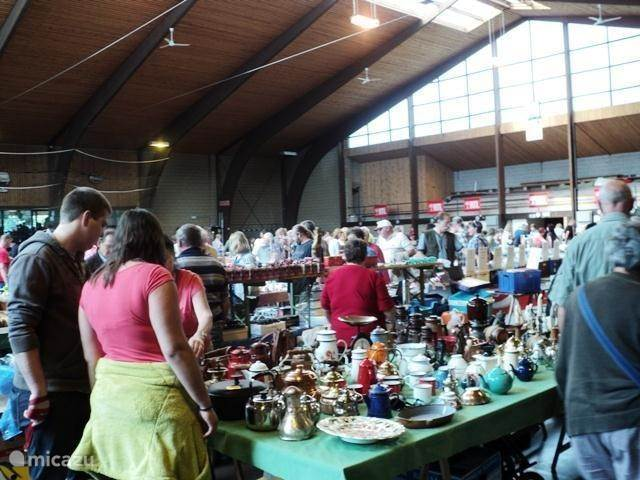 Sunday morning market