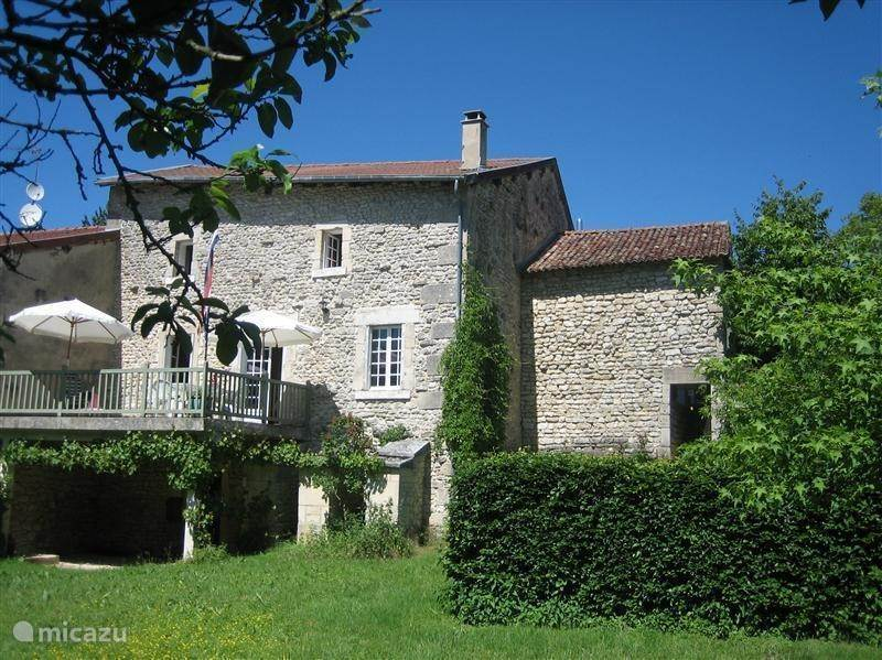Vacation rental France, Lorraine, Lavin Court - holiday house Sfeervol familiehuis