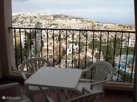 Vanaf het balkon heeft u een geweldig uitzicht