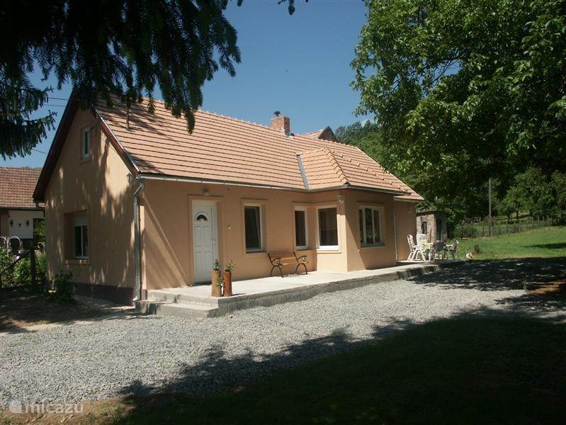 Vacation rental Hungary – bungalow Kárászi Ház