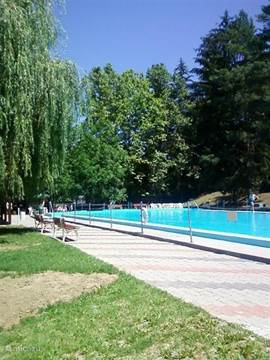 The pool of Szászvár, the town adjacent to Kárász.
