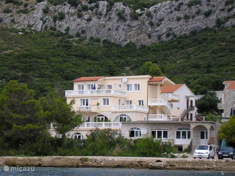 Vakantiehuis Kroatië, Dalmatië, Perna - Kuciste - appartement Perna