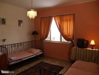 Drie kamer appartement op de begane grond