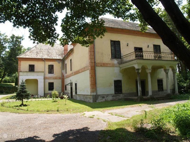 Vakantiehuis Slowakije, Midden-Slowakije, Zemberovce Vakantiehuis Kasteel Appartement Slowakije