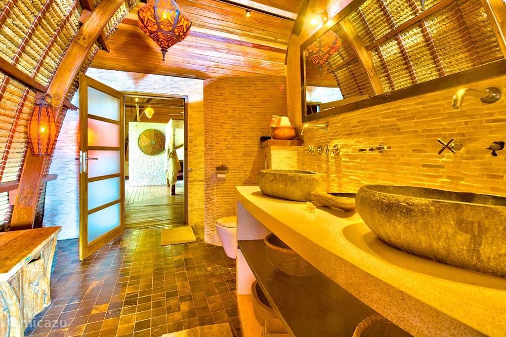 Baskamer villa buddha