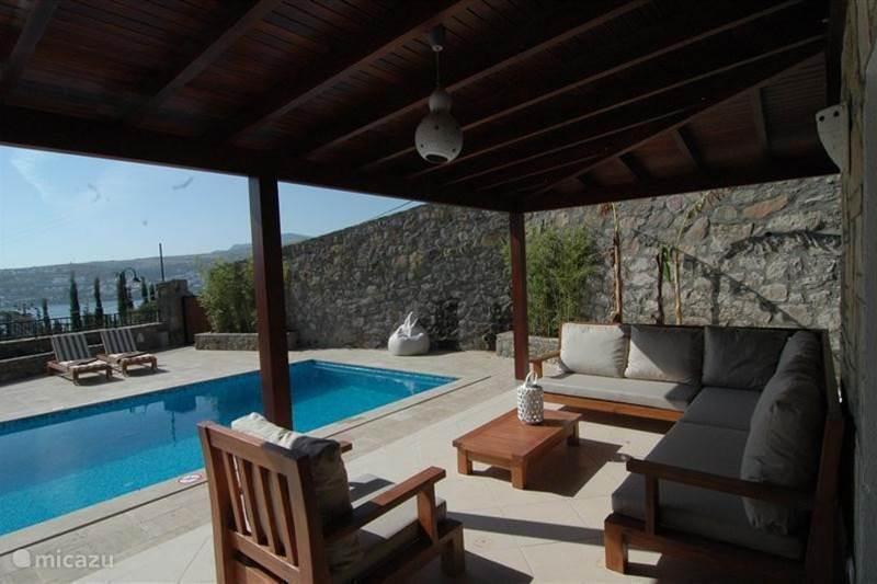 Villa azuro prive zwembad in g ndogan ege sche zee huren for Zwembad prive