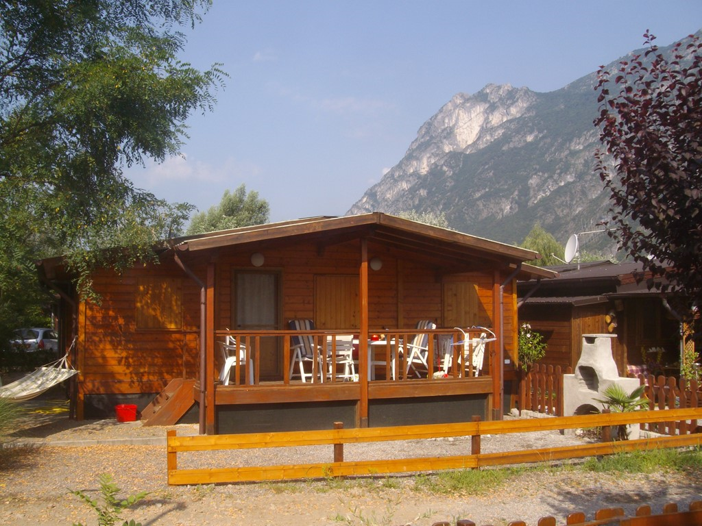 Last-minutes direct at lake lugano week 17juni till1july just €247,50 pw. Week1 till 8july €399and Weeks from 8-29 july€850,-+4 mountainbikes for free